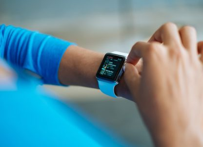 wearable devices gather data for early warning of possible covid-19 infection